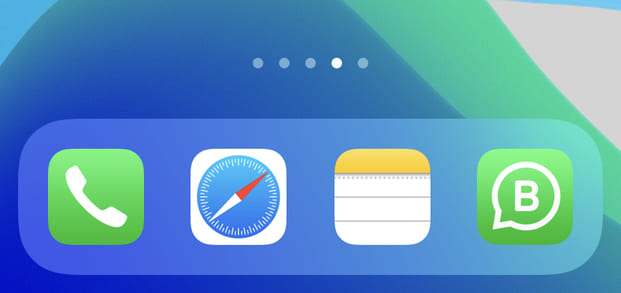 Customize the iPhone Dock for better organization